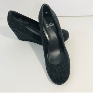 stuart weitzman 6.5 M Rounded Toe Wedge